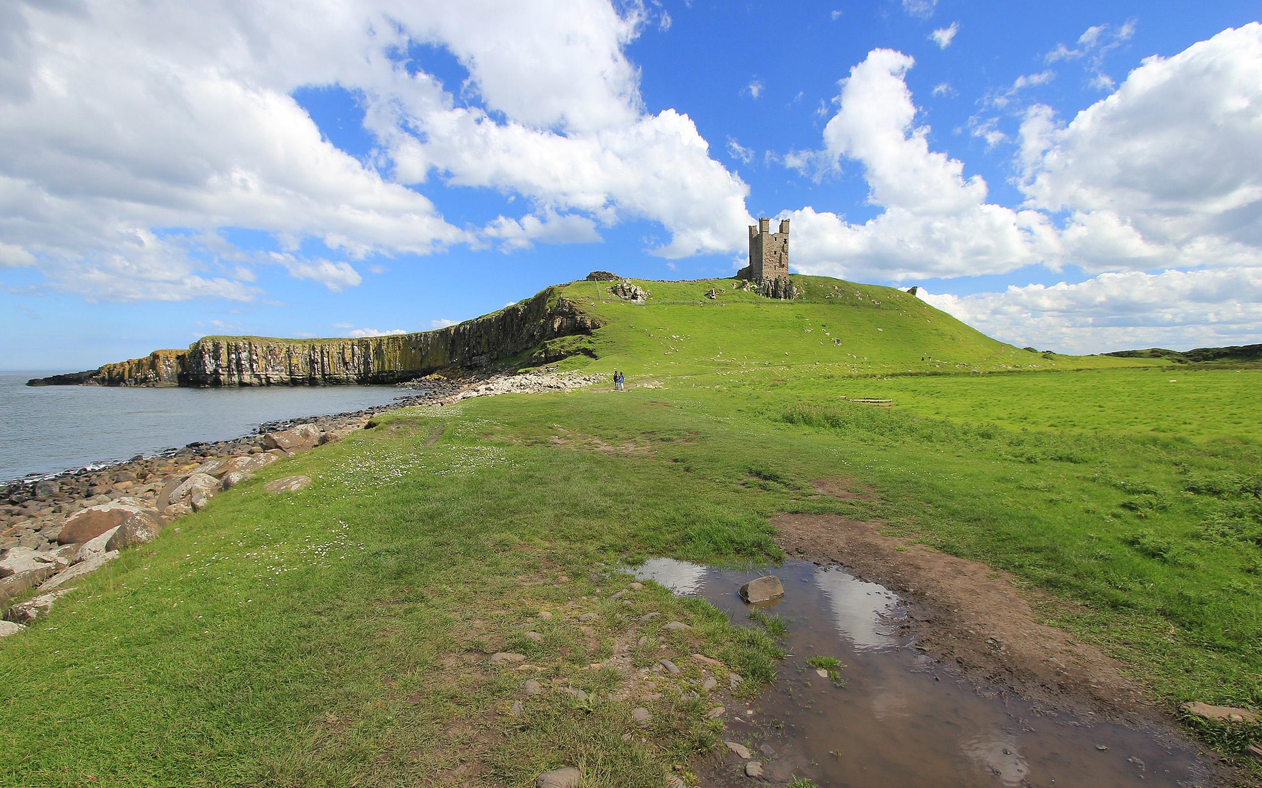 Northumbria – Castles & Coastline